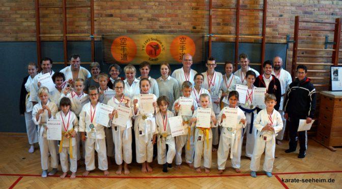 Premiere bei den Karatekas